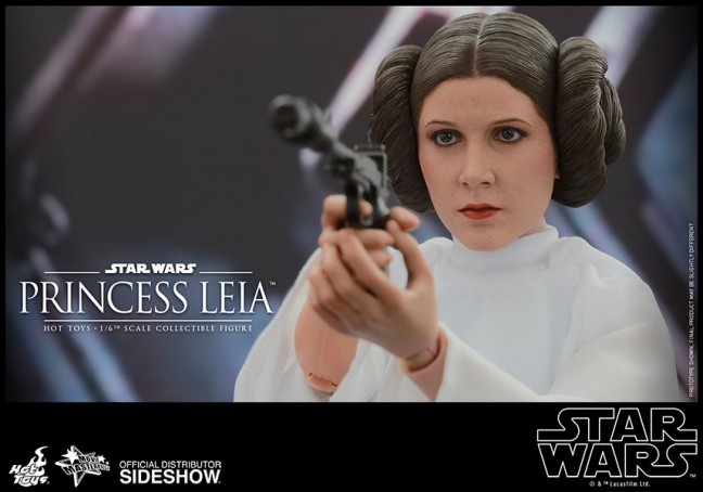 Princess Leia Figure from Hot Toys